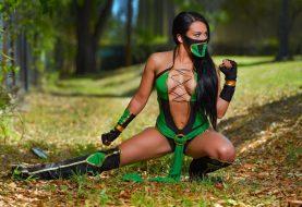 Jade Mortal Kombat Cosplay by WWE's Zelina Vega