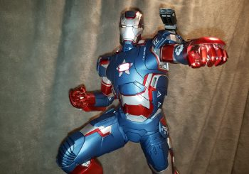 Iron Patriot Steps onto King Of Statues 22