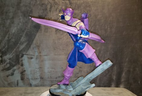 Hawkeye Shoots His Way Onto King Of Statues 24