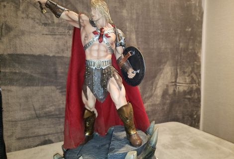 He-Man Powers Onto King Of Statues 33