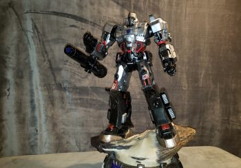 Megatron Conquers King Of Statues 36
