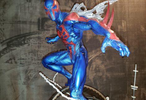 Spiderman 2099 Swings Onto King Of Statues 42