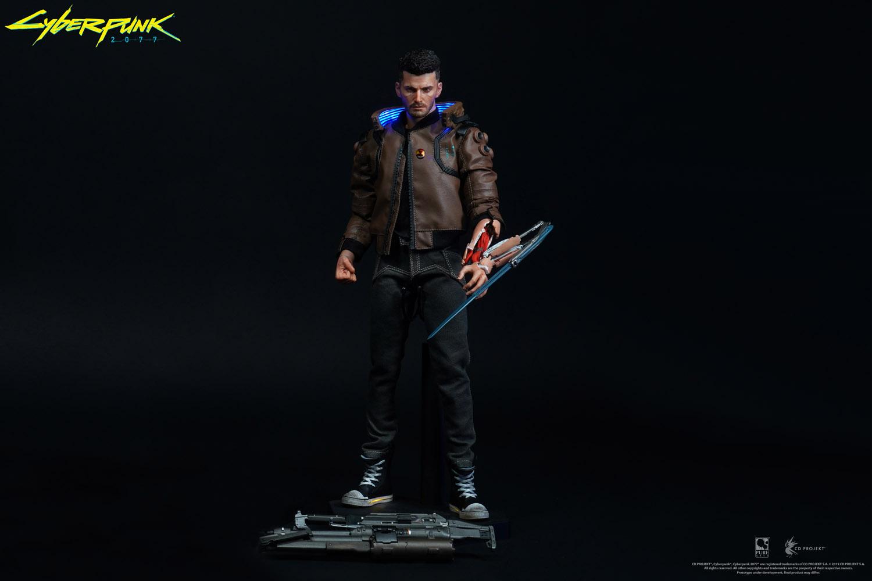 Cyberpunk 2077 Statue V-Boy-black-bg